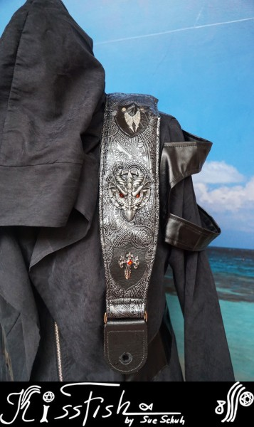 Gitarrengurt Dragon on Silver Paisley